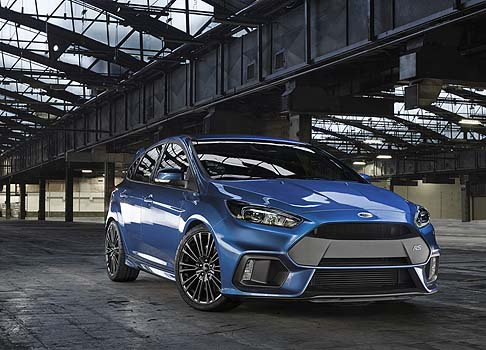 Ford Focus RS race