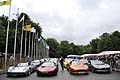 Supercars sulla pitlane nel circuito di Goodwood Festival of Speed 2012