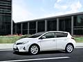 Toyota Auris Hybrid model year 2013 dispone del Simple Intelligent Park Assist (SIPA)