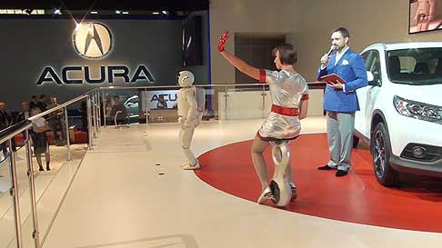 Honda - ASIMO and the U3-X at the Moscow International Automobile Salon 2012