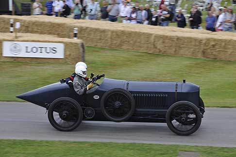 Cronoscalata di auto storiche - Benz 200 Hornsted at the Goodwood Festival of Speed 2015