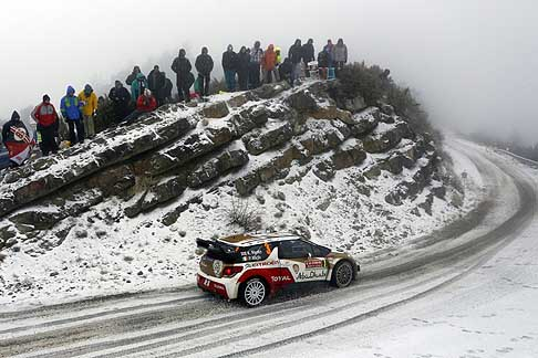 Rally WCR 2014 - Kris Meeke and Paul Nagle tackle the icy roads of the Monte Carlo Rally