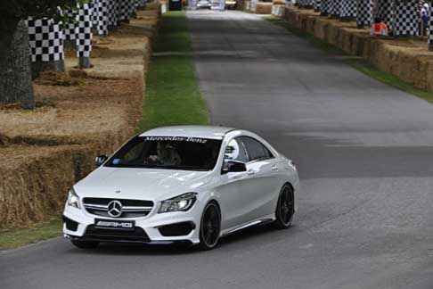 Mercedes-Benz - Mercedes-Benz CLA 45 AMG in pista a Goodwood Festival of Speed 2014