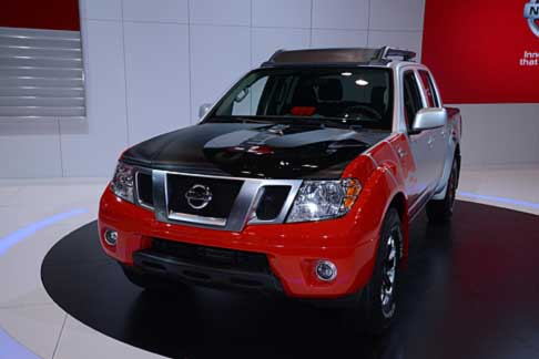 Nissan - Nissan Frontier Diesel Runner Powered by Cummins at the Chicago Auto Show 2014
