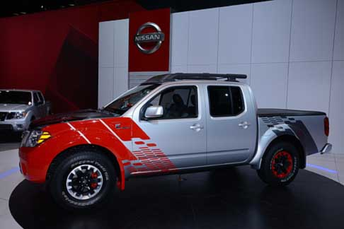 Nissan - Veicolo Nissan Frontier Diesel pick up al Salone di Chicago 2014