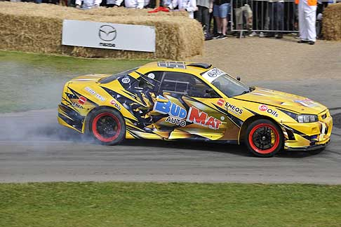 Cronoscalata di auto storiche - Nissan Skyline R34 GT T at the Goodwood Festival of Speed 2015