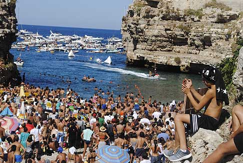 Red Bull - Red Bull Cliff Diving World Series 2015 bagno di folla a Polignano a Mare