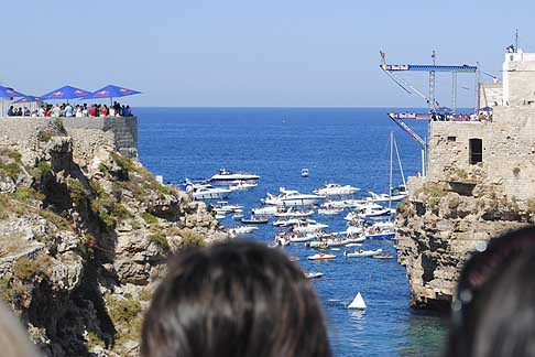 Red Bull - Red Bull Cliff Diving World Series 2015 tappa Italiana a Polignano a Mare
