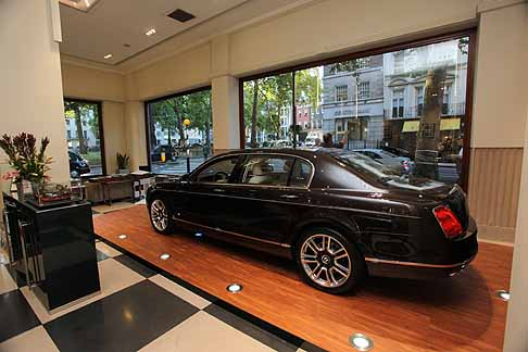 Bentley - Bentley Continental Flying Spur con rifiniture Linley società britannica di design