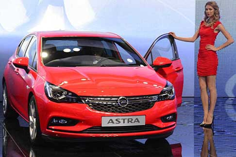 Opel - Opel Astra assicura stile ed efficienza
