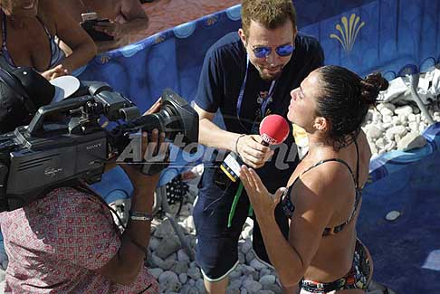 Red Bull Cliff Diving World Series 2017 - Intervista di Radio RDS all´atleta brasigliana Jaki Valente a Polignano a Mare al Red Bull Cliff Diving 2017