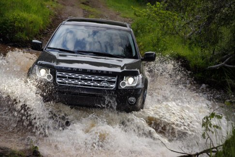 Land Rover - Fuoristrada Land Rover Freelander 2 indeale per le escursioni off road