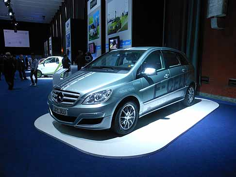Mercedes-Benz - Mercedes-Benz Classe A e-cell all´evento H2Roma