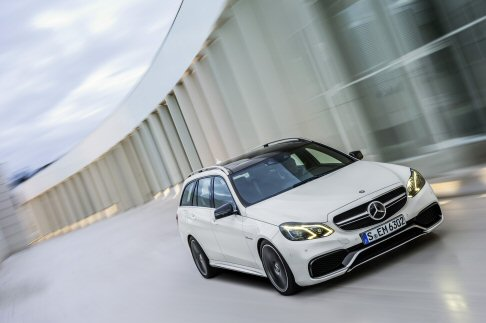 Mercedes-Benz - Una caratteristica peculiare è il Sound System Surround High End BeoSound AMG di Bang & Olufsen.