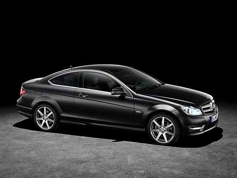 Mercedes-Benz - Mercedes Classe C Coup� laterale