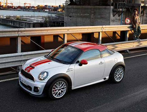 MIni - mini coupè