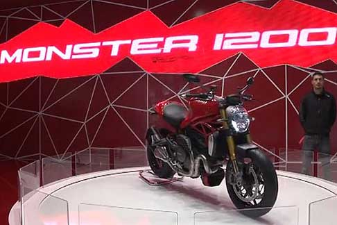 Ducati - Moto Ducati Monster 1200 all´Eicma 2013 di Milano