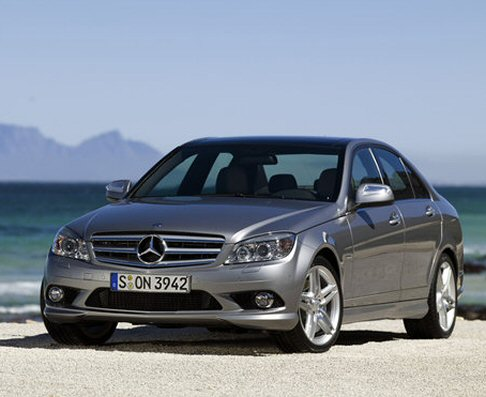 mercedes benz classe c 180 200 cgi 2010 berlina automobile. Black Bedroom Furniture Sets. Home Design Ideas