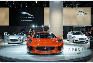 Le Bond cars di Jaguar e Land Rover a Francoforte
