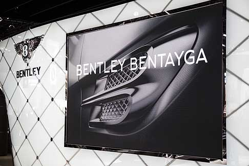 Detroit-Naias Bentley
