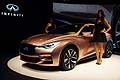 Infiniti Q30 unveil Concept e hostess al Salone di Francoforte 2013