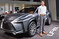 Lexus LF-NX Concept con Takeshi Tanabe General Project Manager of LF-NX