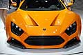 Zenvo ST1 hypercar calandra dotato di differenti mappe: Wet, Sport, Race.
