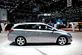 Toyota Auris Touring Sport laterale al Ginevra Motorshow 2013