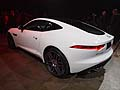 Jaguar F-Type Coupé retrotreno vettura al Los Angeles Auto Show 2013