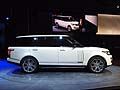 Land Rover Range Rover Long Wheelbase Autobiography Black vista laterale al LA Auto Show 2013