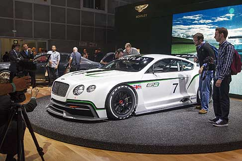 Bentley - Al Los Angeles Auto Show il marchio approda con la Bentley Continental GT3 Concept car
