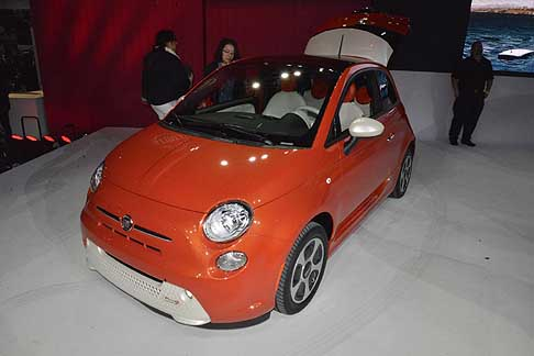 Fiat - City car Fiat 500e Electric vehicle per il mercato americano