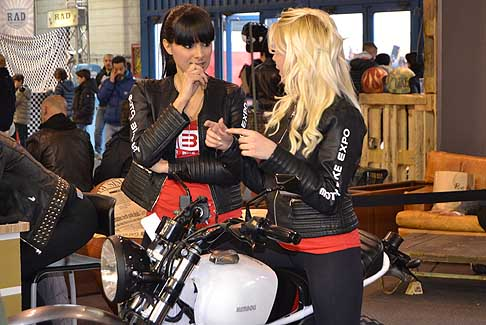 MotorBike Hostess