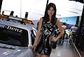 Hostess vicino Sefety Car di F1 Mercedes-Benz AMG