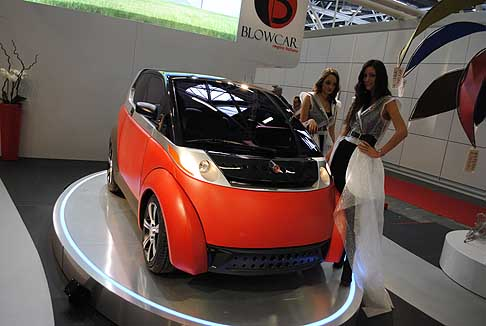"BlowCar - World Premiere BlowCar Concept microcar ""gonfiabile"""
