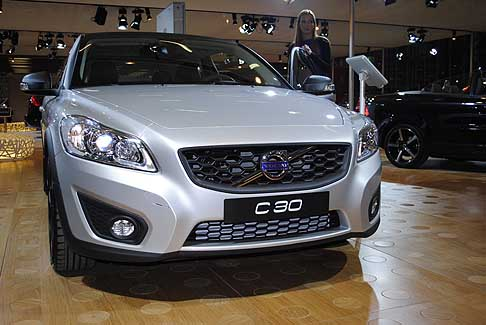 Volvo - Frontale del Volvo C 30 Full Electric vehicle anteprima italiana al Motor Show