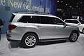 Mercedes Benz GL mClass-vista laterale al New York Autoshow 2012
