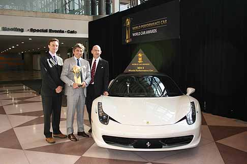 Ferrari - Ferrari 458 Italia ha vinto il meritato premio «World Performance Car 2011»