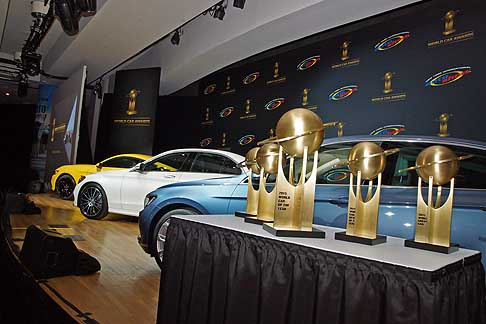 World Car Awards - 2015 World Car Awards NYIAS trofei e vetture in garaMercedes