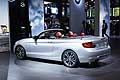 BMW 2 Series Cabriolet fiancata all´Auto di Parigi 2014
