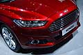 Ford Mondeo dettaglio faro anteriore at the Paris Motor Show 2014