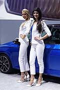 Beautiful hostess stand Suzuki al Mondial de l�Automobile 2014 di Parigi