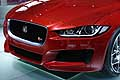Jaguar XE calandra red color all'Auto Show di Parigi 2014