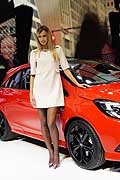 Girl e Opel Adam al Salone dell´Automobile di Parigi 2014