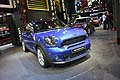 Auto Mini Cooper S All4 blu metallizzato al Paris Motor Show 2012