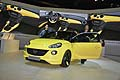 Opel Adam yellow color e hostess al Salone di Parigi 2012