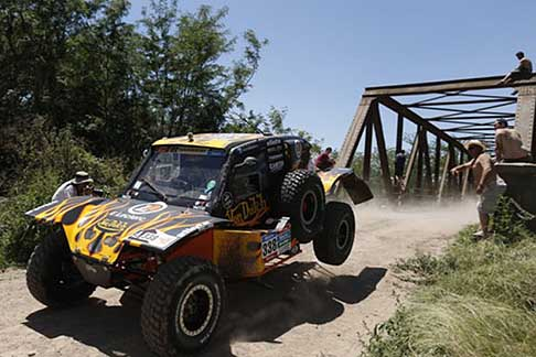 Buenos Aires - Villa Carlos Paz - Bernard Eric and Vigneau Alexandre action during the Dakar 2015 -1° stage
