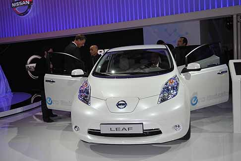 Nissan - Nissan Leaf frontale white