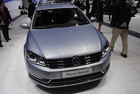 Volkswagen - Volkswagen Passat BlueMotion Technology