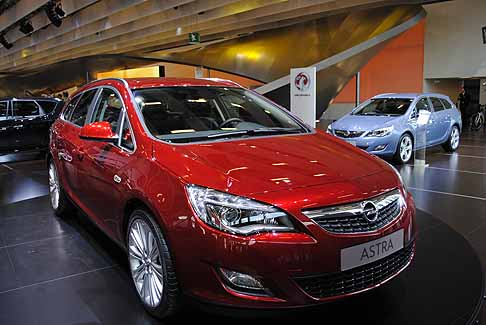 Opel - Opel Astra Red